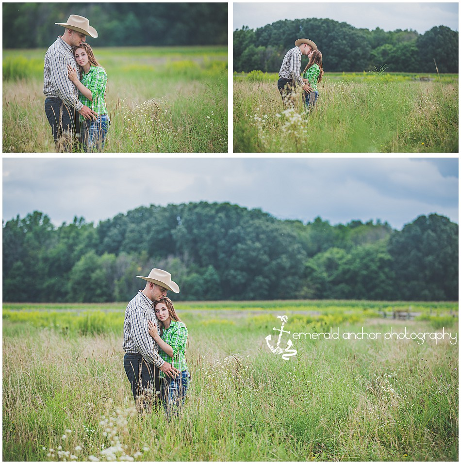 [Delaware, Ohio Engagment Photography] [central ohio photographer] [Emerald Anchor Photography] [Equine Engagment Pictures]emeraldanchorphotogrpahy.com (4)